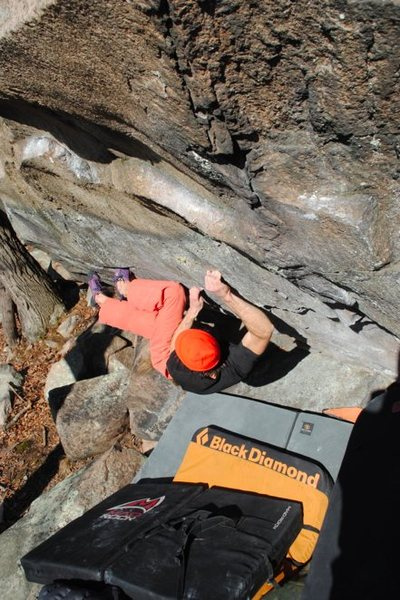 Rock Climbing Photo: The lock off crux