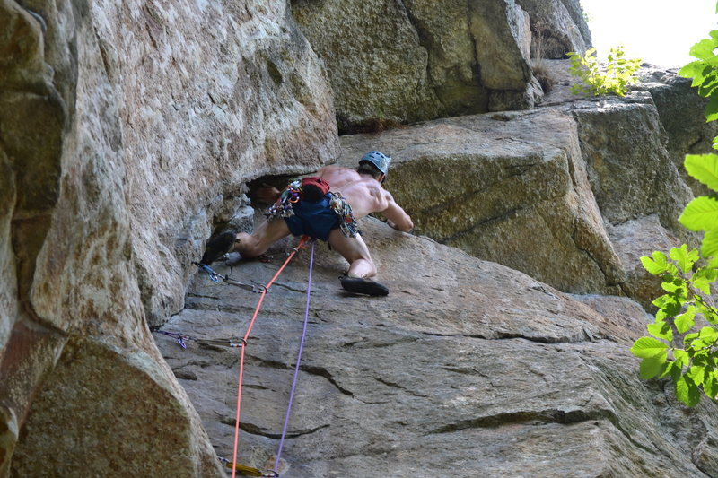 Starting the traverse on Roseland in the Gunks