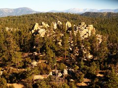 Rock Climbing Photo: Holcomb Valley Central Pinnacles from on top of Ve...