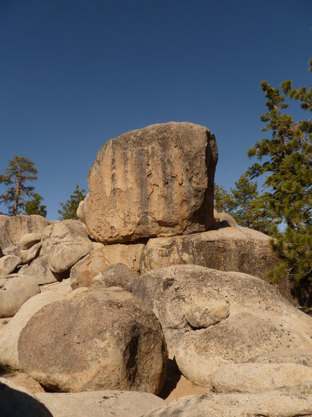 Rock Climbing Photo: Epitaph Block from the trail.