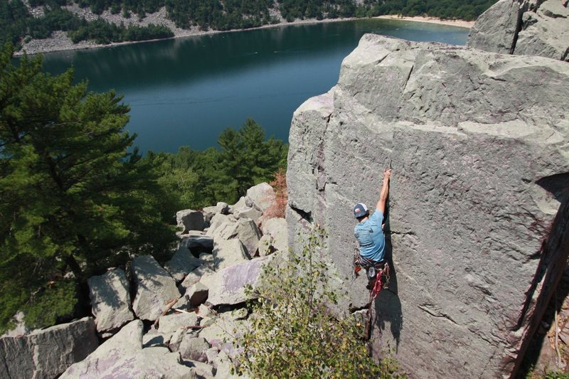 Rock Climbing Photo: Ryan on Thumbs of Steel.
