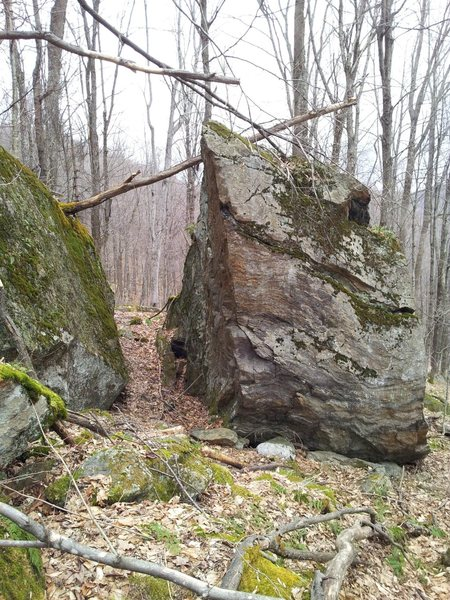 Rock Climbing Photo: Nice 15ft block about 5 minutes uphill from the cl...