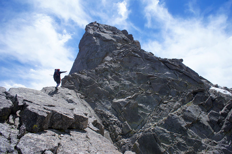 Rock Climbing Photo: On the NW Ridge of Overhanging Tower