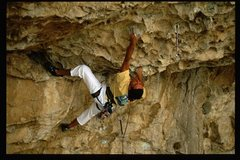 Rock Climbing Photo: Mike Lewis finishing the entry moves and getting o...