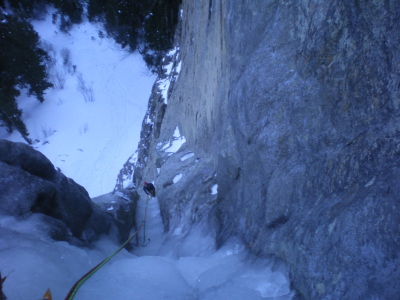 Rock Climbing Photo: Looking down pitch 2, halfway to the belay.