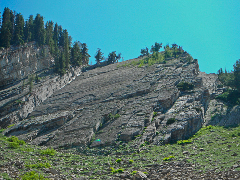 Rock Climbing Photo: Bunker-Williams Route follows the left side of the...