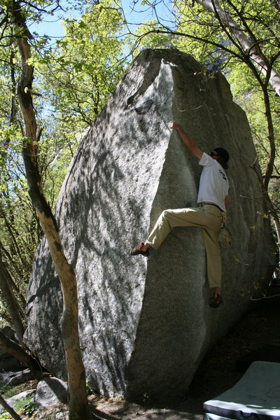 Rock Climbing Photo: the surfboard problem V4