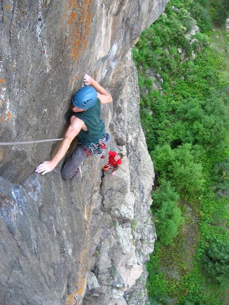 Rock Climbing Photo: Myc, just finishing the traverse.