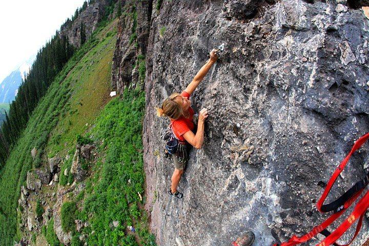 Rock Climbing Photo: Susan on Milk Bone.