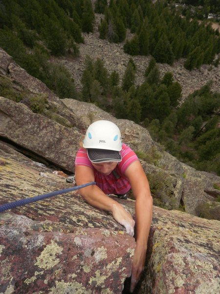 Finishing up the 4th pitch.  This would be a 4 star route if all the pitches were longer...