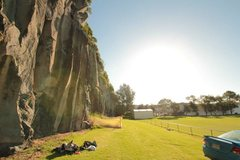 Rock Climbing Photo: Mt Eden Quarry, long side