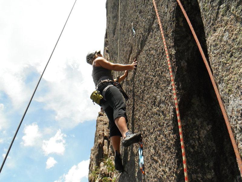 CHEATING - Lyons, CO - Coliseum & Parthenon Climb 5.10c<br>