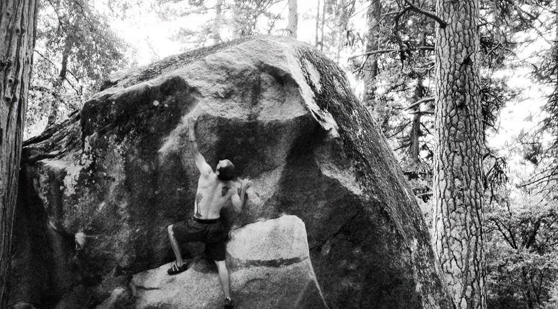 Rock Climbing Photo: Battle of the Buldge ~ Camp 4 West, Yosemite Natio...