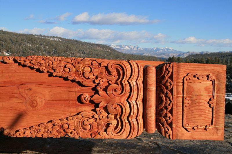 Column detail.
