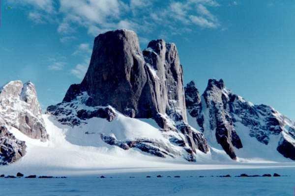 Rock Climbing Photo: Mt Asgard