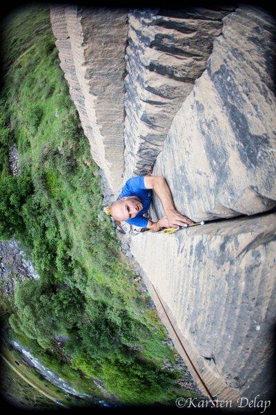 Thongs of Virtue, sector jj, Garni gorge