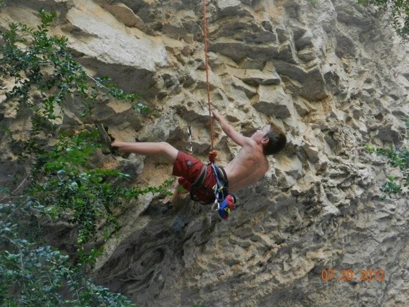 Rock Climbing Photo: Mascun