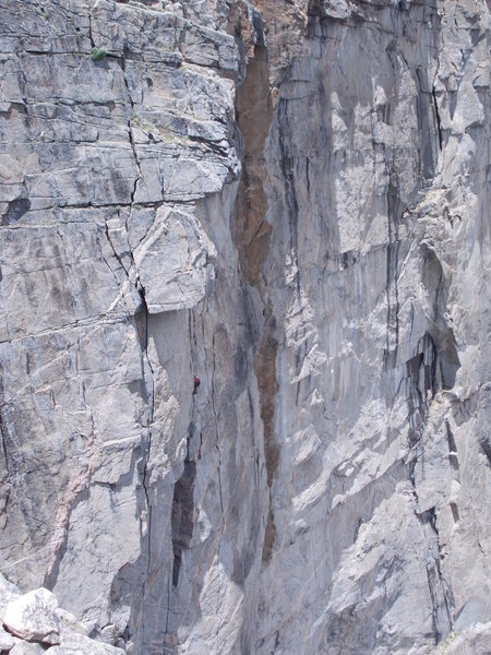 "Climber in red, heading up ""Good Evans"" what we called P3, just below the roof crux P4.Left splitter is ""Cary Granite"" headed into roof, right splitter is ""Road Warrior"""