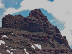 Rock Climbing Photo: The south side of Pilot Peak with the route identi...