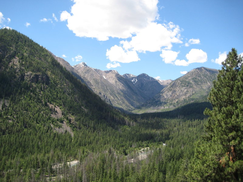 The view from Prospector Wall into the valley