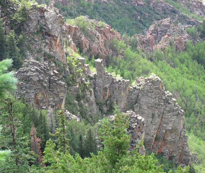 Rock Climbing Photo: Broken Blade Ridge from the east