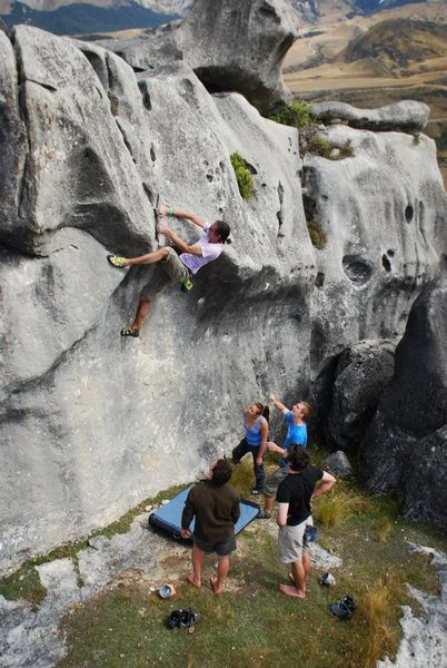 "Rock Climbing Photo: Some ""classic"" V2 at Flock Hill, NZ"