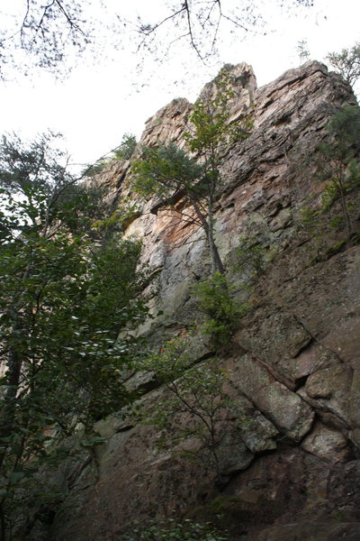 Middle Finger Wall (Right Side)<br> <br> Crowders Mountain State Park, North Carolina