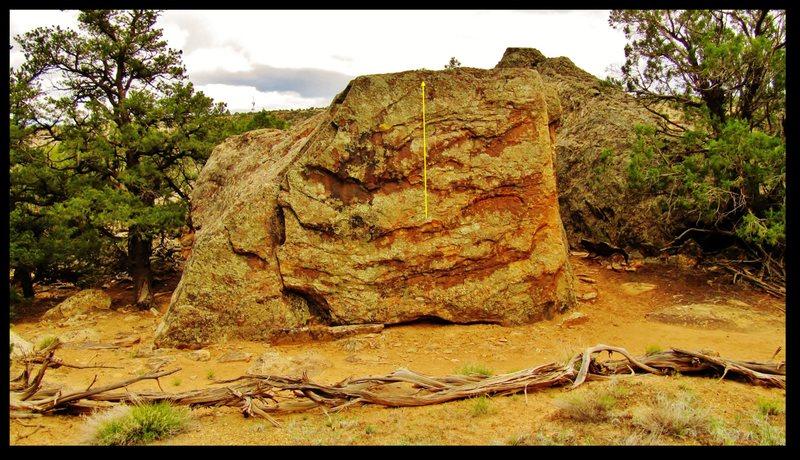 Rock Climbing Photo: Chimp Smart problem on the Woodrow Boulder.