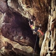 Rock Climbing Photo: Jessica Wan working Tobacco Road (5.12b) at the Co...