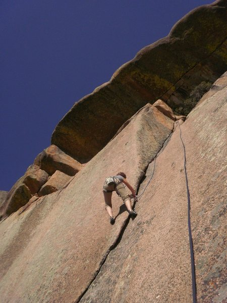 Rock Climbing Photo: Perfect rock, perfect gear...  too bad it's so sho...