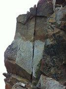 Rock Climbing Photo: A short crack @ S.T.buttress