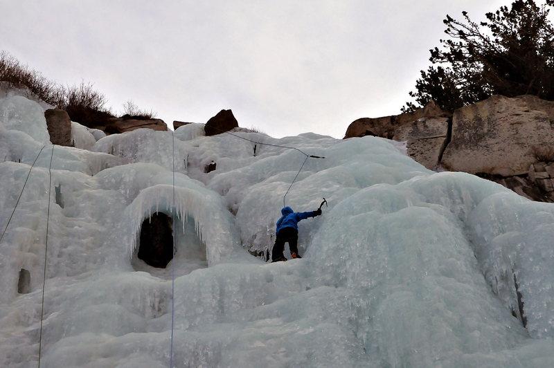 Heat Miser's Cave (Chouinard Falls, Lee Vining, CA)