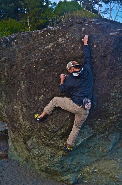 Rock Climbing Photo: Luffenholtz Beach
