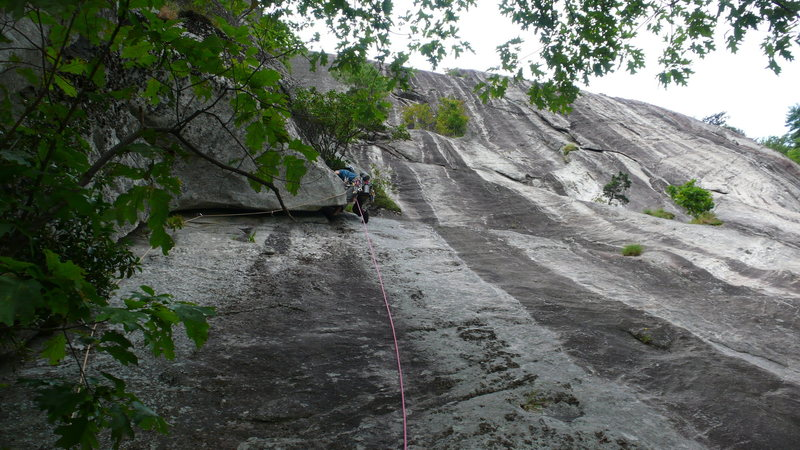 Rock Climbing Photo: Rhett starting P2. The next 80' climb a clean, wid...