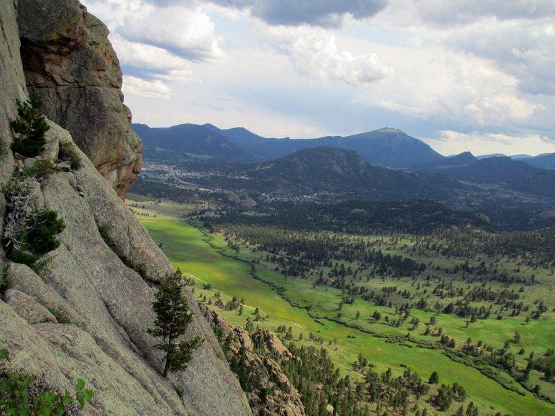 Rock Climbing Photo: I love Lumpy Ridge. The views from the climbs are ...