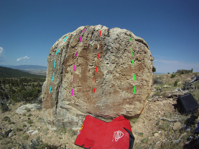 Rock Climbing Photo: Light blue - Turtle Shell V1 Pink - Glorious Mause...