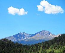 Rock Climbing Photo: You can catch views of Long's Peak from Lumpy Ridg...