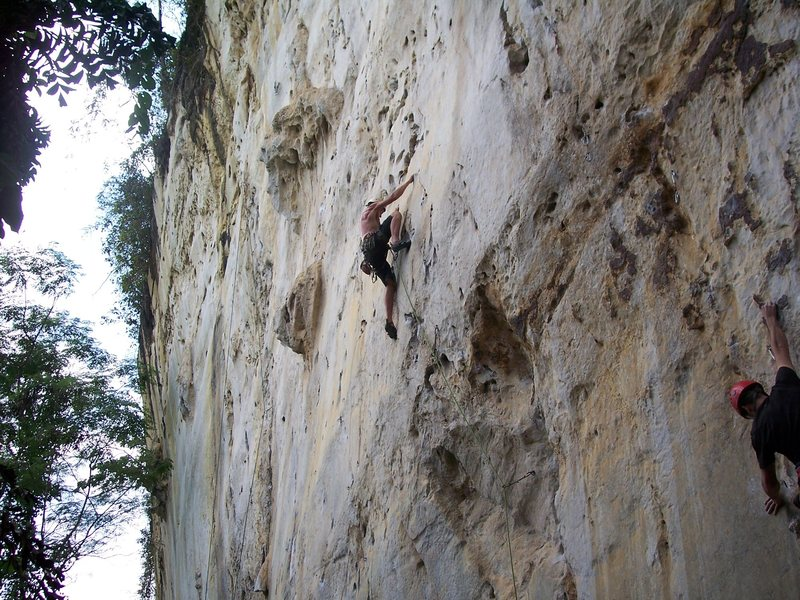 "Eric Coffman ""itchy flutterby"" 5.11b route goes up and left!"