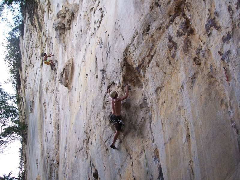 "Eric Coffman 6 ft 4 200 lbs leading ""itchy flutterby"" 5.11b"
