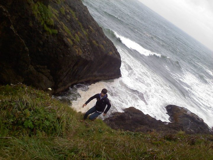Sussing out some deep water soloing locales in Astoria OR.