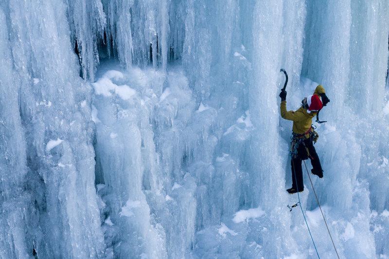 Rock Climbing Photo: Mart T. climbing Parlee Brook's Blue Pillar (Wi4+)...
