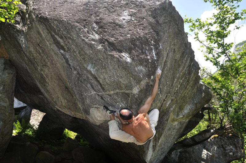 &quot;Diamanti e Sabbia&quot; Val di Mello 8a (about V11) <br> Simply wonderful...