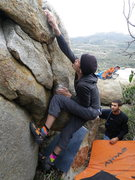 Rock Climbing Photo: knee hand press