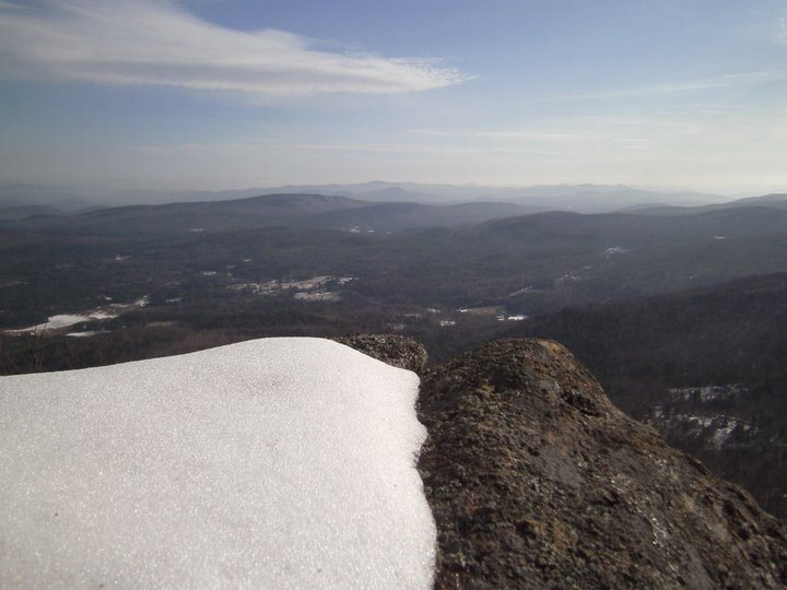 Rock Climbing Photo: High on the South Corner on a winter adventure cli...