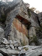 Rock Climbing Photo: Foops!  The crevice trail goes into the chimney ju...