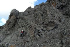 Rock Climbing Photo: Hoot on the very loose, scramble between technical...