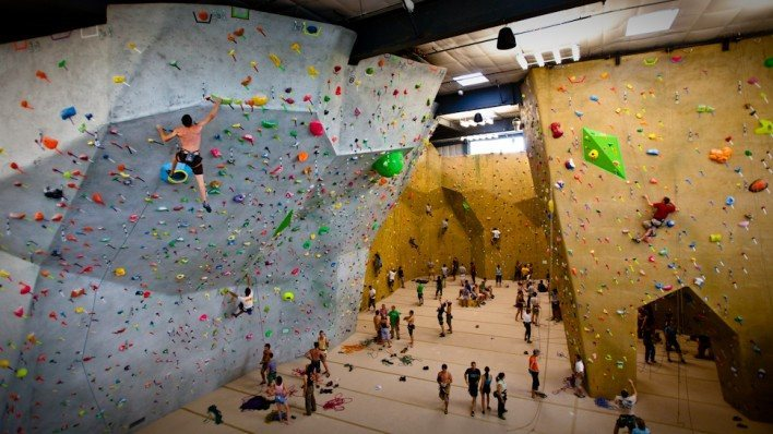 Rock Climbing Photo: Movement roped climbing area including overhanging...