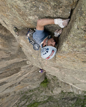 Rock Climbing Photo: Jack Jefferies on pitch 6 of Pent Up, the Black Ca...