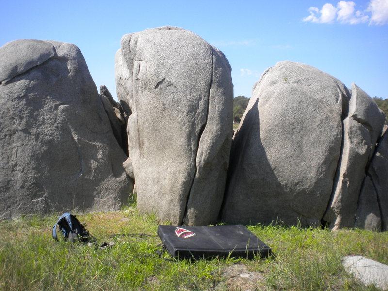 Rock Climbing Photo: the obvious crack