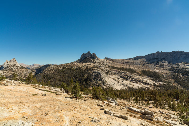 Cathedral & Eichorn's Pinnacle to the left, Echo Cliffs in the center, and Matthes Crest on the right.